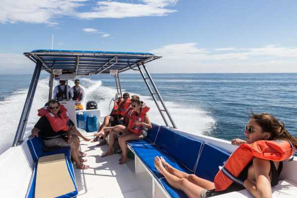 Shuttle Taxi boat to north Pacific Costa Rica Montezuma